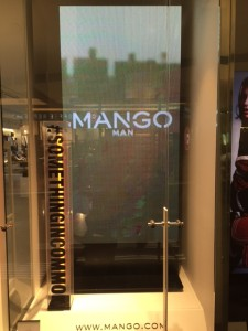 Box displays built for #Mango – El Prat Airport