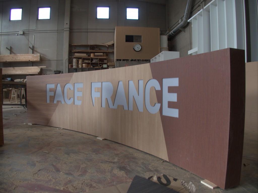 Escenografía para Face à France.
